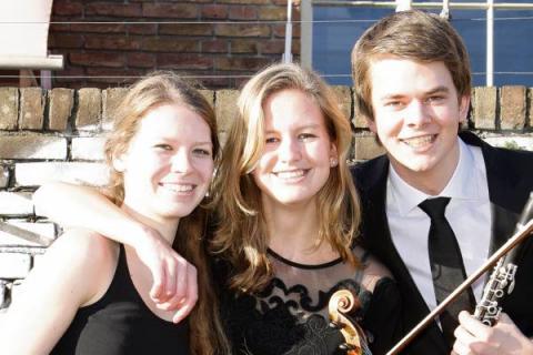 Trio Animando in Dorpskerk Wilp bij Jonge Meesters Wilp